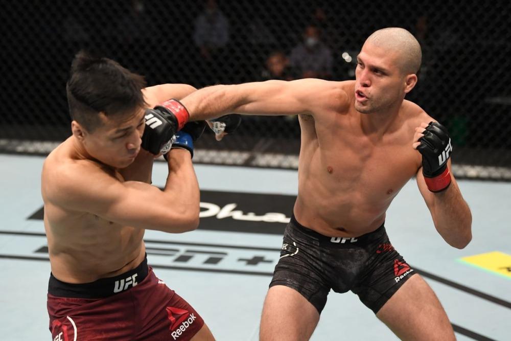 Chan Sung Jung bị Brian Ortega đánh bại tại UFC on ESPN+ 38.