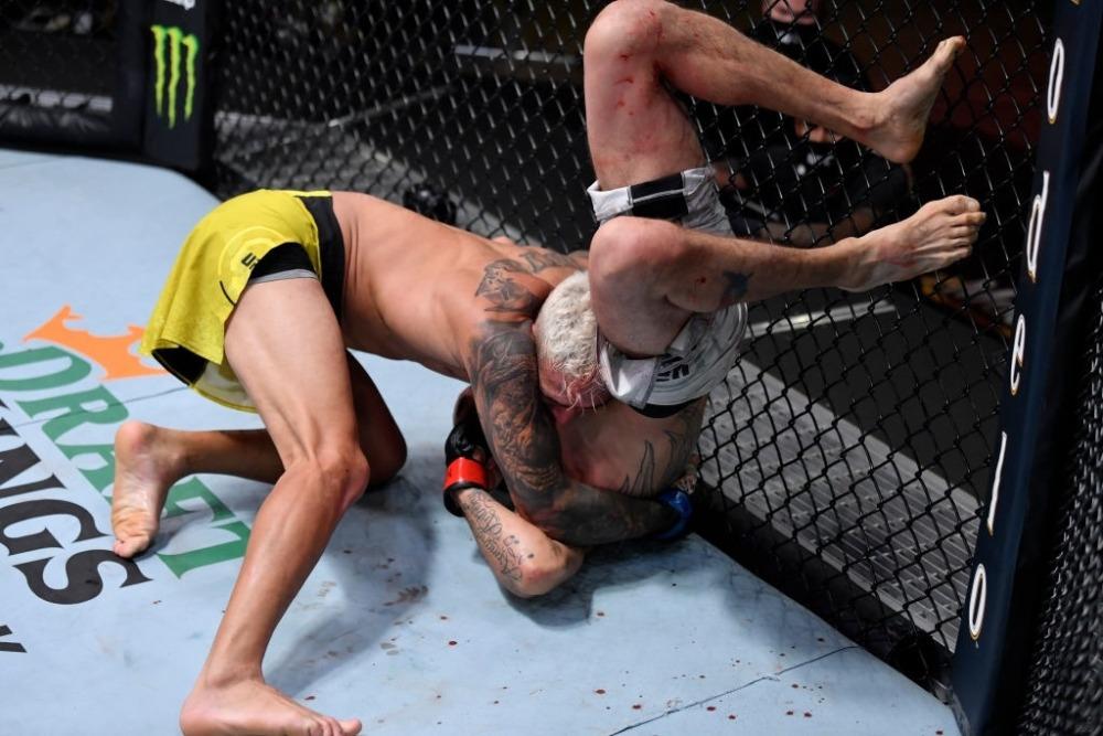 Tony Ferguson nhận trận thua thứ 2 liên tiếp trong lồng bát giác UFC vào cuối tuần qua.