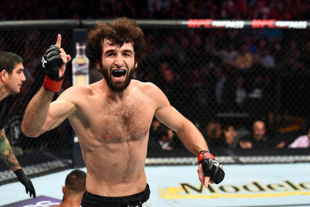 Zabit Magomedsharipov vẫn đang bất bại trong lồng bát giác UFC.