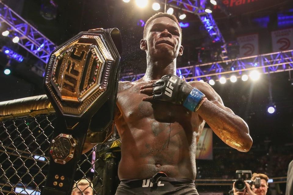 Israel Adesanya vẫn đang bất bại tại MMA.