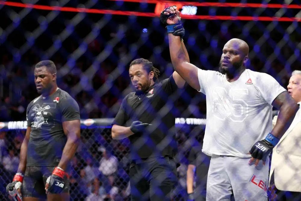 Derrick Lewis từng đánh bại Francis Ngannou tại UFC 226, trận đấu được đánh giá là vô cùng tẻ nhạt.