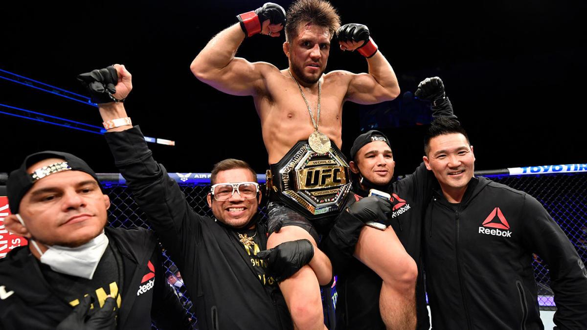 Henry Cejudo bất ngờ tuyên bố giải nghệ sau UFC 249.
