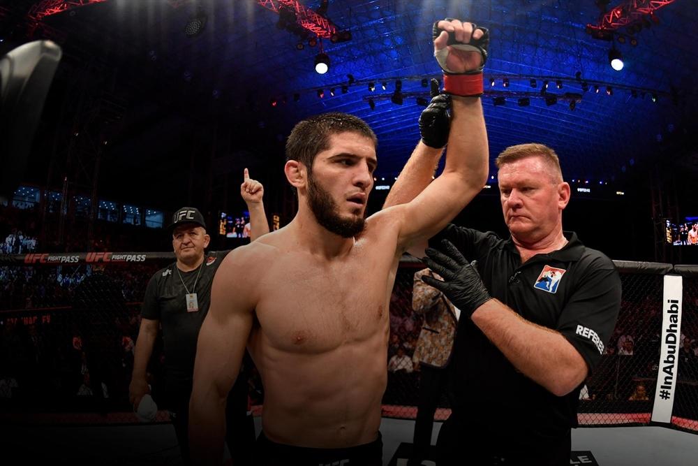 Islam Makhachev đang là niềm hy vọng mới của người Nga ở hạng cân nhẹ UFC.