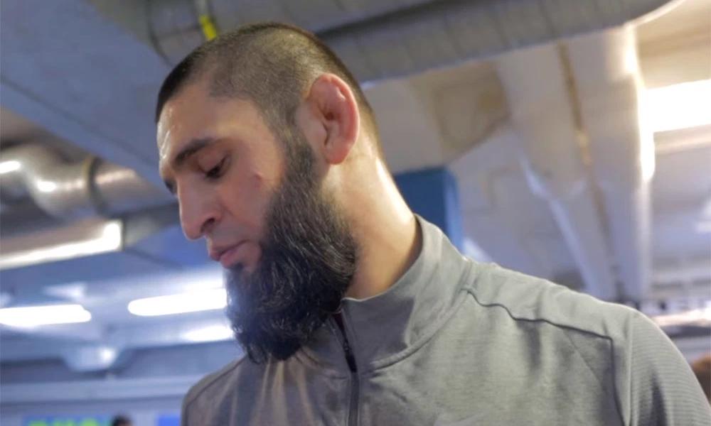 Khamzat Chimaev vẫn đang trong quá trình hồi phục sau các biến chứng COVID-19.
