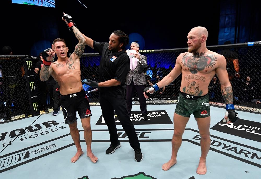 Dustin Poirier đánh bại Conor McGregor tại UFC 257.