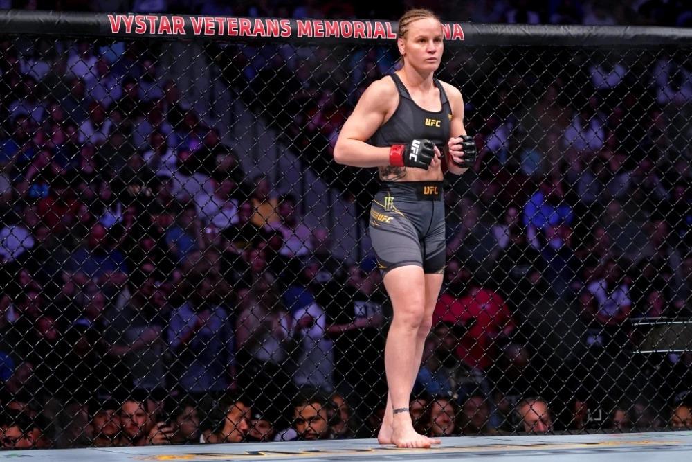 Valentina Shevchenko chờ đợi cuộc chiến thứ 3 với Amanda Nunes.