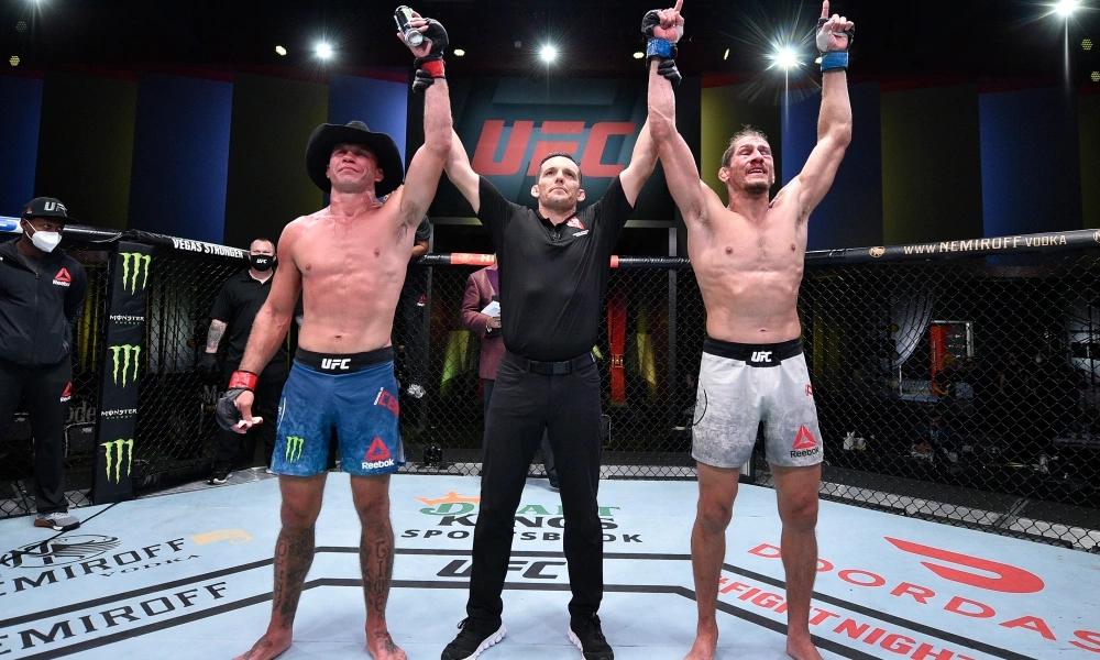 Donald Cerrone đã không thắng 5 trận liên tiếp tại UFC.