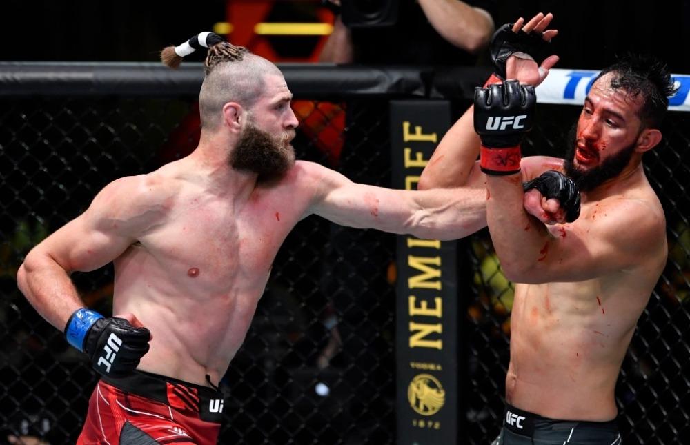 KO tàn bạo Dominick Reyes, Jiri Prochazka đòi suất tranh đai