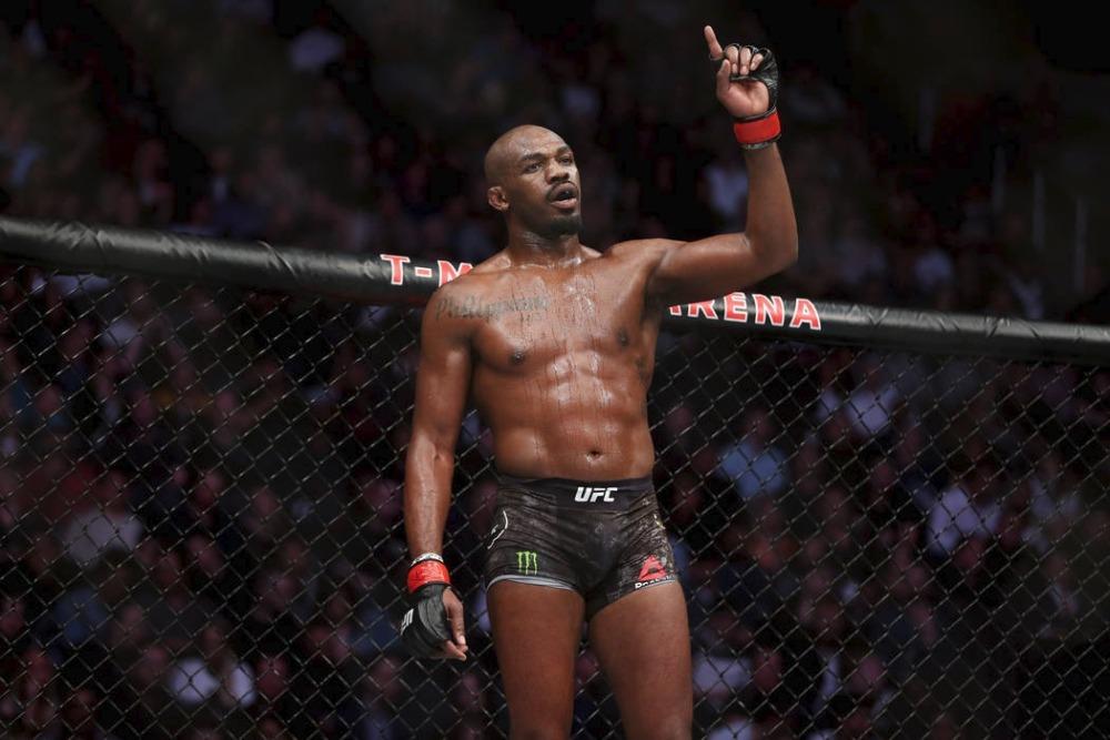 Jon Jones đang vướng vào những tranh cãi với UFC về tài chính.