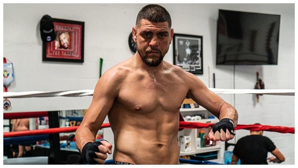 Nick Diaz sẽ trở lại lồng bát giác tại sự kiện UFC 266.