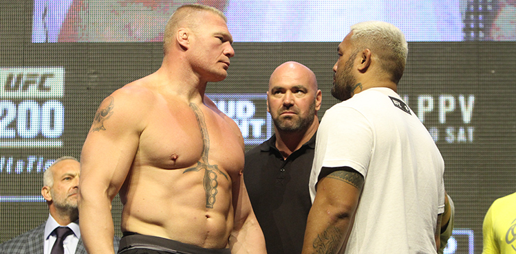 06-Brock-Lesnar-Mark-Hunt-UFC-200-weigh-750x370