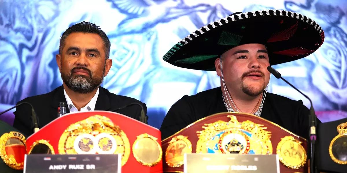 HLV Manny Robles và Andy Ruiz Jr sau thất bạitrướcAnthony Joshua hồi tháng 12/2019.