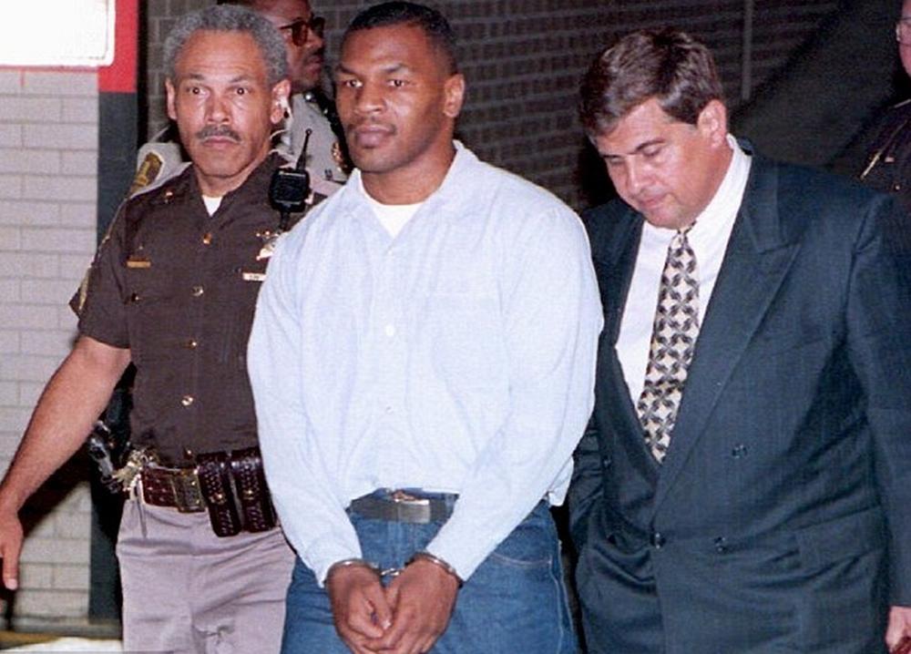 Tyson không dưới 1 lần phải ra tòa vì những hành vi bạo lực.