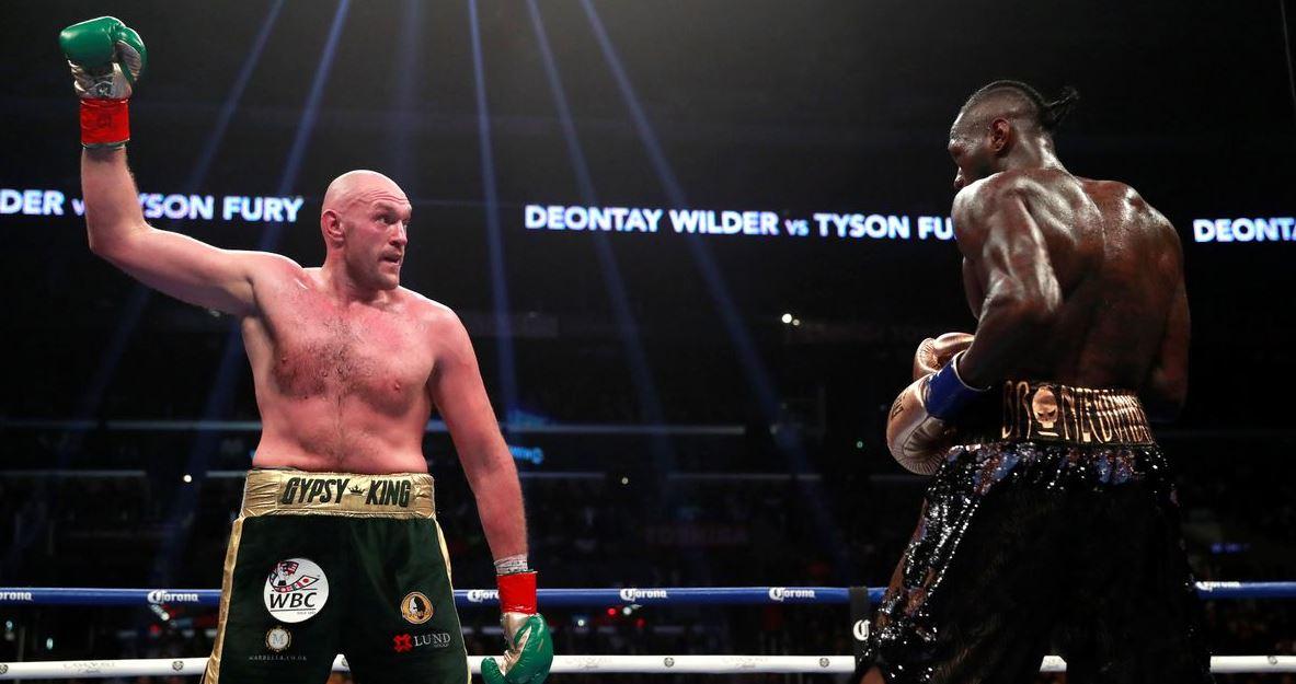Tyson Fury đang chuẩn bị cho trận tái đấu tranh đai vô địch WBC vớiDeontay Wilder.