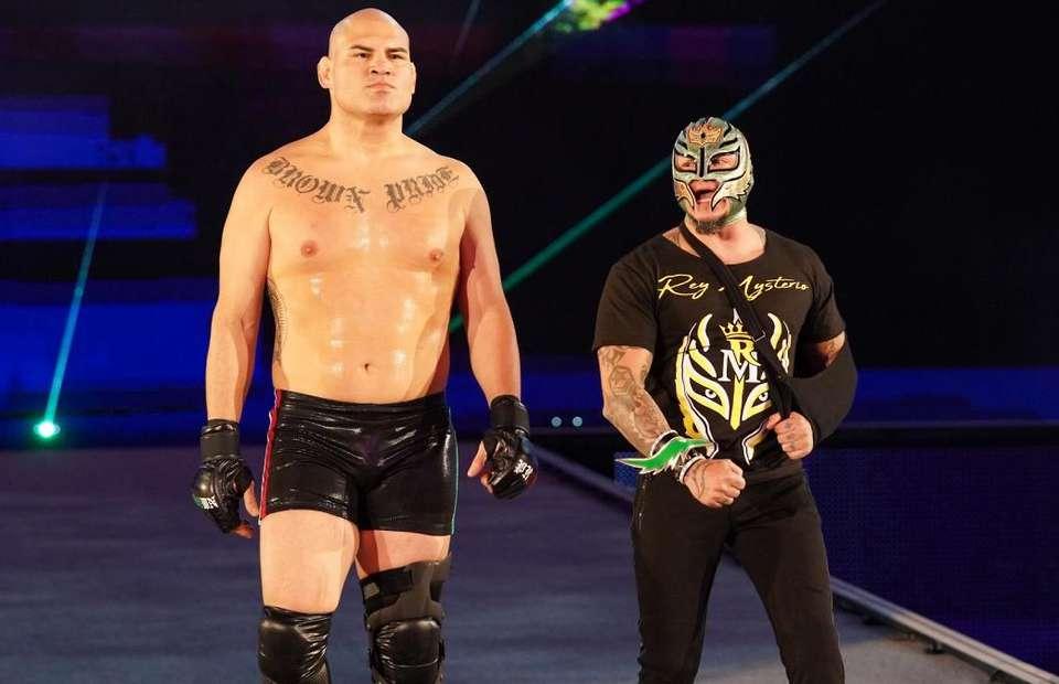 Cain Velasquez đang lấn sang sân khấu WWE