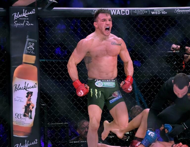 Michael Chandler đã ký hợp đồng với UFC để làm phương án dự phòng cho sự kiện chính UFC 254.