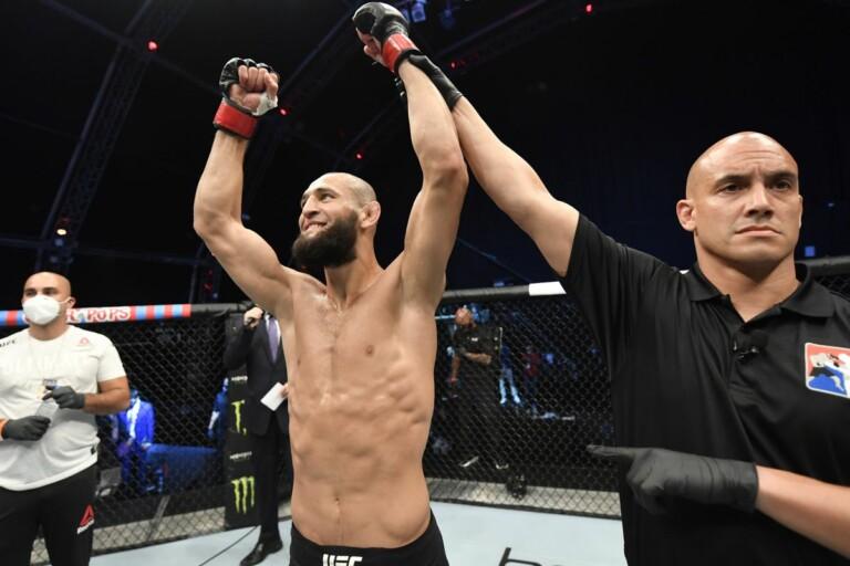 Khamzat Chimaev đã có những màn trình diễn ấn tượng tại UFC.
