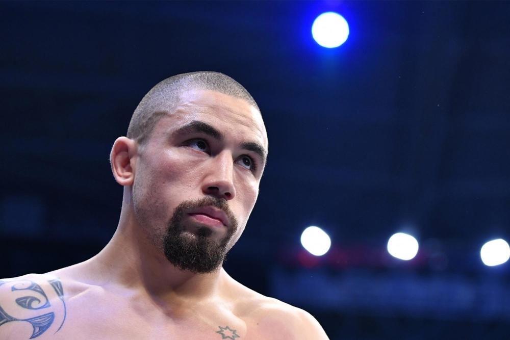 Robert Whittaker phản bác Chủ tịch UFC Dana White việc từ chối đấu Israel Adesanya.